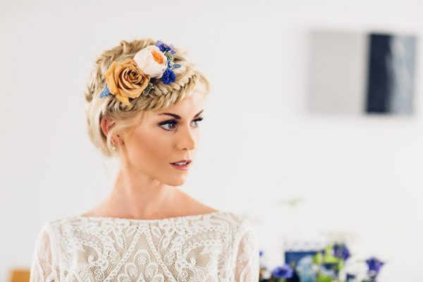 Bridal hair make up